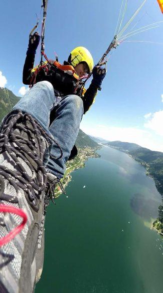 Flug über dem Ossiacher See